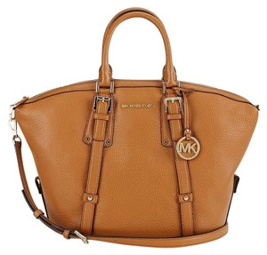 MICHAEL Michael Kors Bedford Belted Medium Pebbled Leather Shoulder Satchel in Acorn