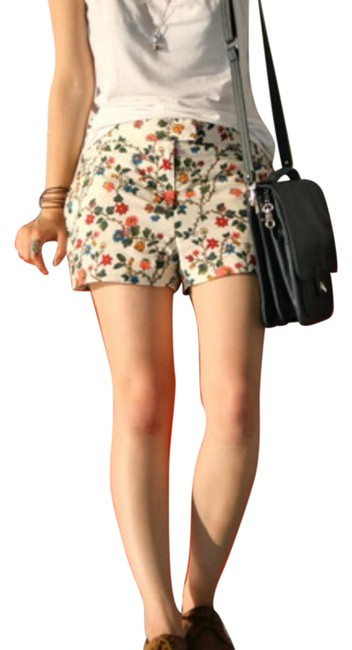 Preload https://img-static.tradesy.com/item/21371129/cos-beige-green-red-high-rise-floral-print-shorts-size-8-m-29-30-0-2-650-650.jpg