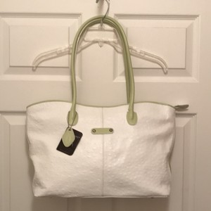I Santi Ostrich Leather Handbag Weekend/travel Tote in White Green