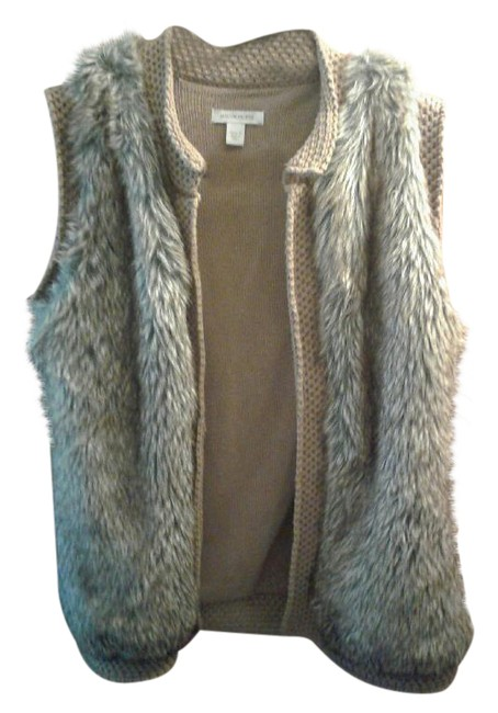 Preload https://img-static.tradesy.com/item/21372278/multi-black-brown-faux-fur-vest-size-8-m-0-1-650-650.jpg