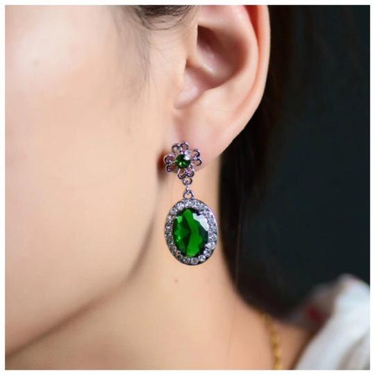 Other Swarovski Crystals The Kalama Green Earrings s12