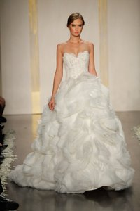 Lazaro Lazaro 3213 Wedding Dress