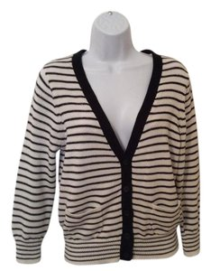Project Dress V Neck Black/white Light Weight Sweater