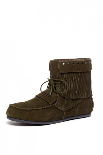 Preload https://img-static.tradesy.com/item/21373069/yellow-box-olive-comfortable-new-fringe-and-studs-festival-moccasin-bootsbooties-size-us-95-regular-0-0-540-540.jpg