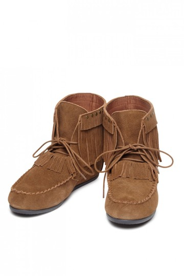 Preload https://img-static.tradesy.com/item/21373108/yellow-box-chestnut-comfortable-new-fringe-and-studs-festival-moccasin-bootsbooties-size-us-85-regul-0-0-540-540.jpg
