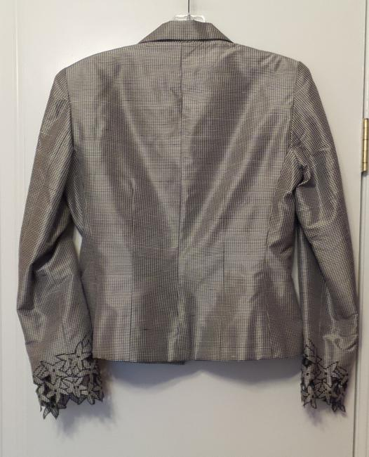 Kay Unger New Silk Embroidered Ruched Lightweight Black & white Jacket Image 5