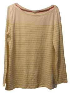 Preload https://item4.tradesy.com/images/banana-republic-yellowwhite-striped-sweaterpullover-size-16-xl-plus-0x-2137363-0-0.jpg?width=400&height=650