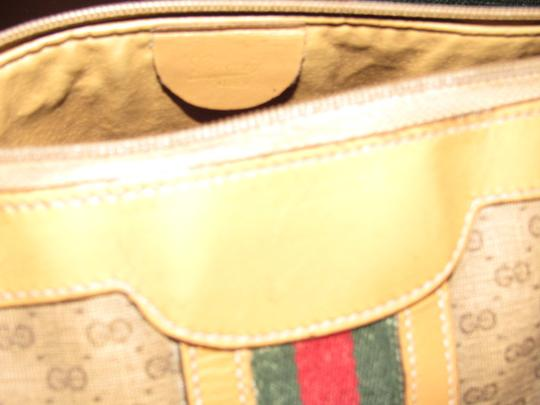 Gucci Small G Logo Print Great Everyday Doctor's/Boston Two-way Style Satchel in shades of brown with wide red/green stripe Image 10
