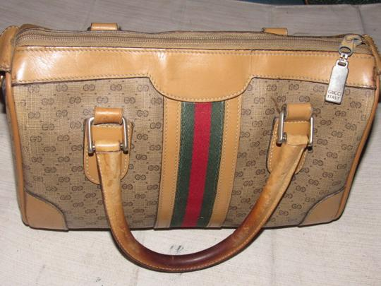 Gucci Small G Logo Print Great Everyday Doctor's/Boston Two-way Style Satchel in shades of brown with wide red/green stripe Image 6