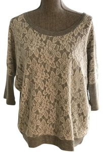 Romeo & Juliet Couture Size Medium Pullovers And Tunic