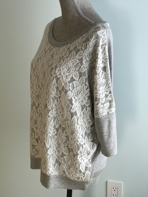 Romeo & Juliet Couture Tops Size Medium Tops Pullovers And Tunic Image 3