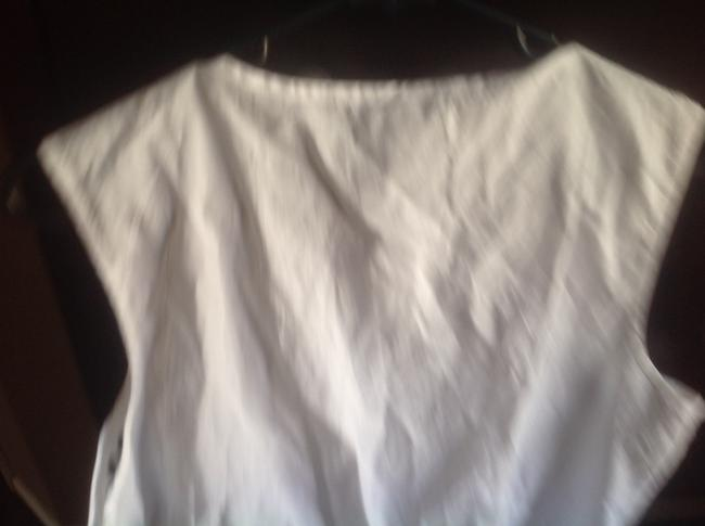 Banana Republic Sleeveless With With Tags Top White and navy blue ethching Image 5