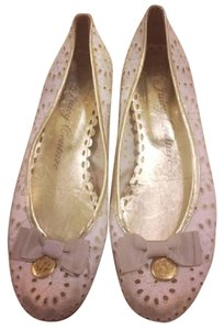 Juicy Couture White & Gold Flats
