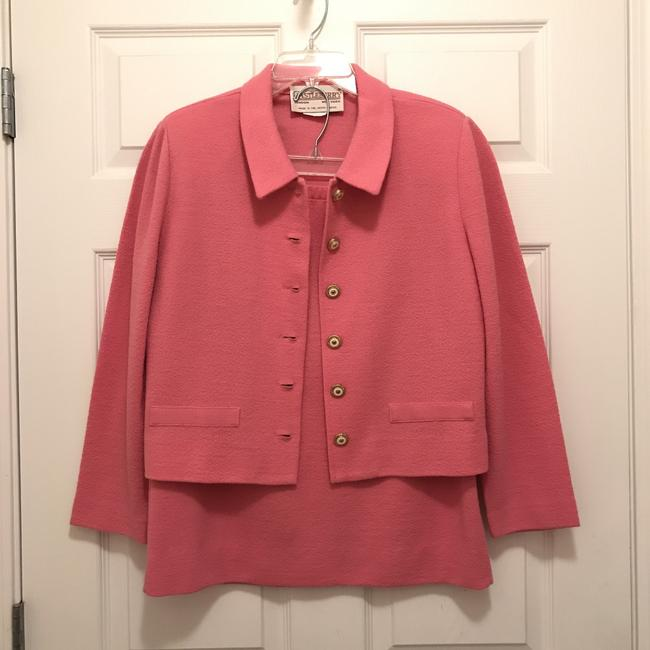 Preload https://img-static.tradesy.com/item/21374830/castleberry-pink-vintage-wool-blend-light-weight-skirt-suit-size-10-m-0-0-650-650.jpg