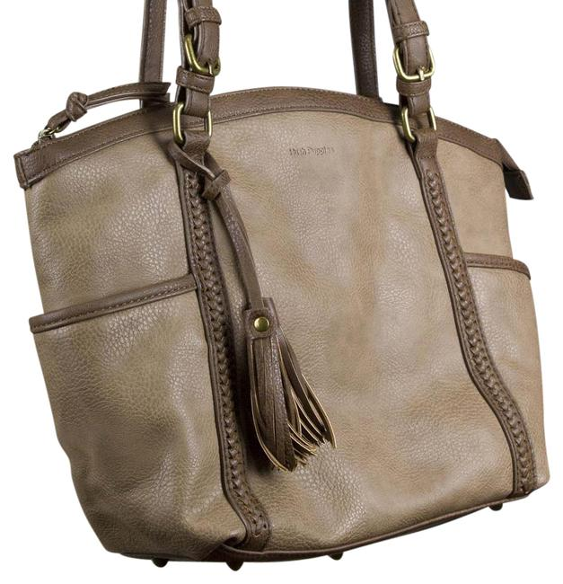 Item - Large Tan Shoulder Bag