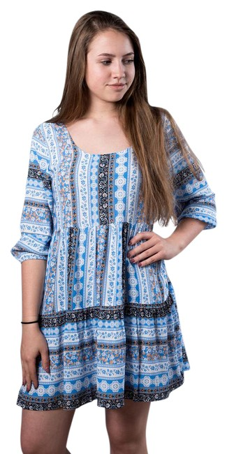Preload https://img-static.tradesy.com/item/21375707/umgee-bluepeach-patterned-peasant-short-casual-dress-size-os-one-size-0-1-650-650.jpg