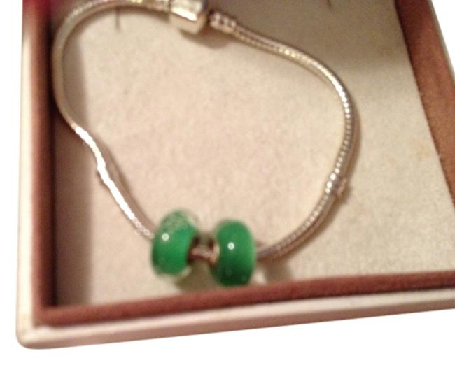 Item - Kelly Green Set Of 2 ~~european Style Murano Lampwork Glass Beads 4mm Hole Solid Charm