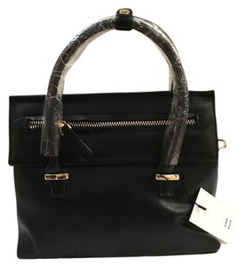 Boutique Cross Body Bag