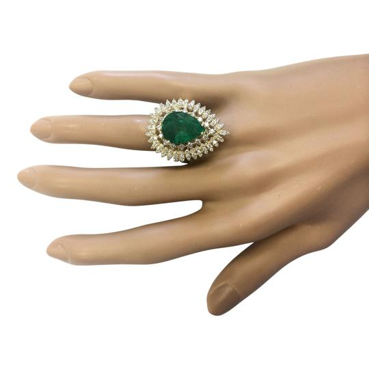 Fashion Strada 7.82 Carat Natural Emerald 14K Yellow Gold Diamond Ring Image 3