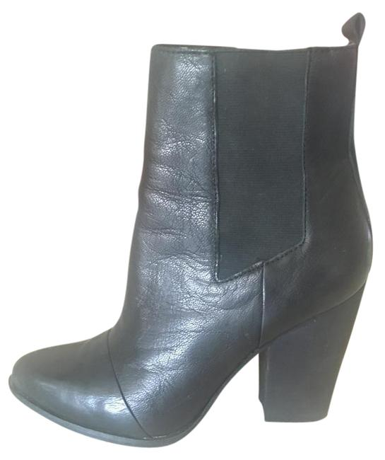 Item - Black Blare Pointed-toe Boots/Booties Size US 7.5 Regular (M, B)