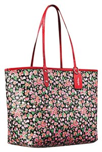 Coach Tote in Pink Multi/Bright Red