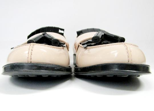 Tod's Loafers Moccasins Patent Leather Fringe Tassels nude/black Flats Image 11