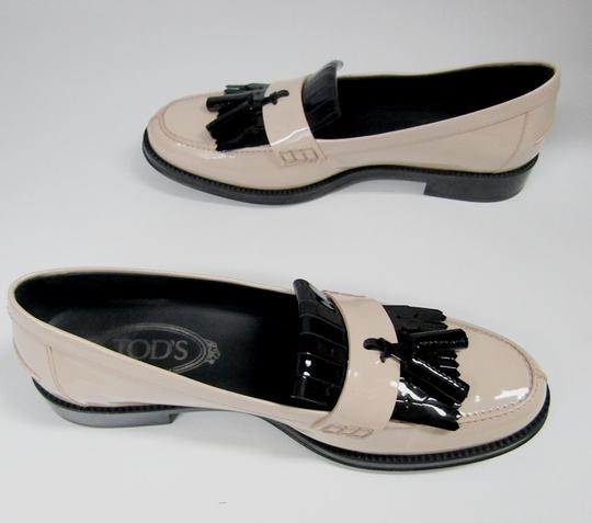 Tod's Loafers Moccasins Patent Leather Fringe Tassels nude/black Flats Image 9