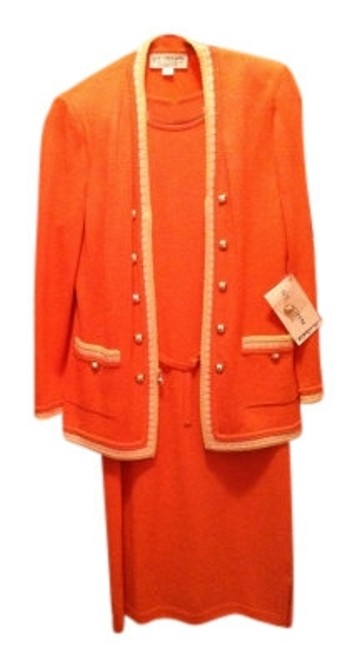 Preload https://item5.tradesy.com/images/st-john-light-coral-suit-mid-length-workoffice-dress-size-6-s-21379-0-0.jpg?width=400&height=650