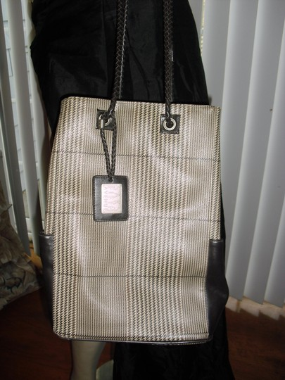 Saks Fifth Avenue Tote in beige bown Image 1