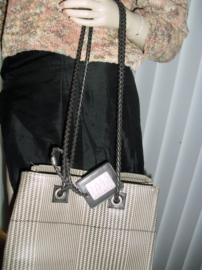 Saks Fifth Avenue Tote in beige bown Image 6