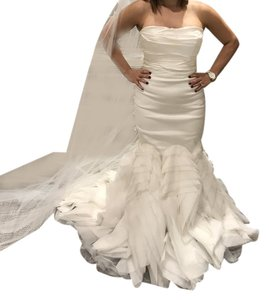 Vera Wang Ivory Ethel Gown Formal Wedding Dress Size 6 (S)
