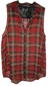 Wet Seal Top Plaid red and black