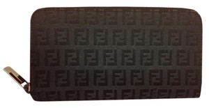 Fendi Fendi Zucca Print zip around wallet