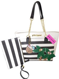 Betsey Johnson Appliques Pouch Black/White Tote in black/bone