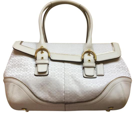 Preload https://img-static.tradesy.com/item/21381169/coach-and-creme-canvas-leather-white-shoulder-bag-0-1-540-540.jpg