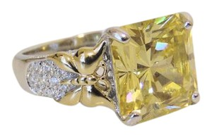 Victoria Wieck Victoria Wieck Absolute Canary Ring 8