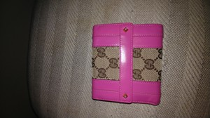 Gucci Gucci pink leather gg feric