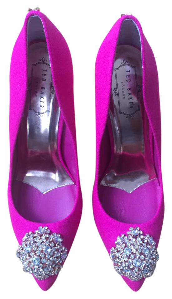 Ted Baker Peetch Pink / Fucia London Peetch Baker Broach Embellished (21) Pumps a29f6a