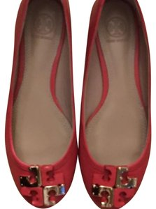Tory Burch Coral Flats