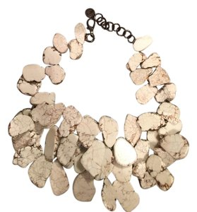 NEST Howlite chunky necklace