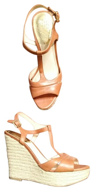 Item - Tan and Cream Vc-inslo2 Wedges Size US 7.5 Regular (M, B)