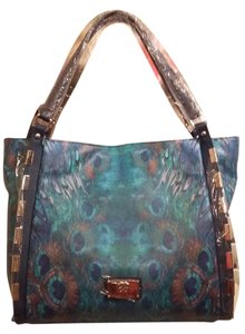 Sharif Tote in MULTI