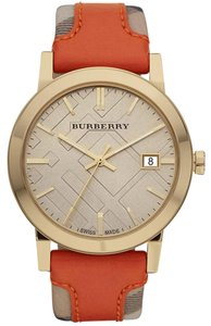Burberry NEW Burberry Women's Large Check Leather on Canvas Strap Watch BU9016