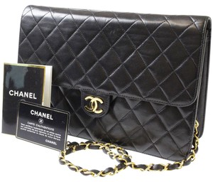 Chanel Vintage Leather Lambskin Gold Hardware Luxury Shoulder Bag