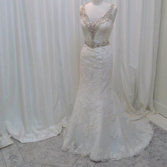 Item - Ivory/Silver Lace 8853 Traditional Wedding Dress Size 8 (M)
