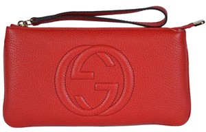 Gucci Travel Small Wristlet in Red
