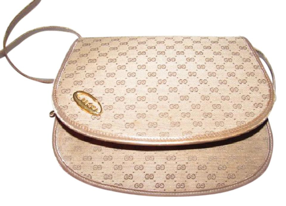 8998bf6b7d60 Gucci Excellent Vintage Two Way Style Cb/Clutch/Shoulder Great For Everyday  High- ...