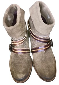 Matisse Olive Suede Boots