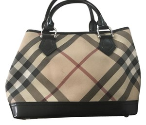 Burberry Tote in Burberry tan