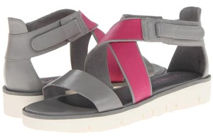 Tsubo Ice/Berry Sandals